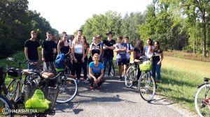 Kerékpározni hívják a középiskolásokat