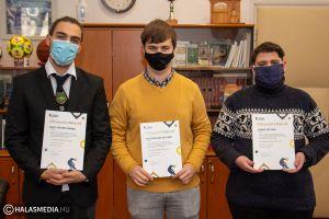 Tekós közgazdaságis tanulók országos első helyezése