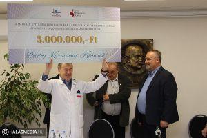 Hárommilliós Merkbaus ajándék a kórháznak