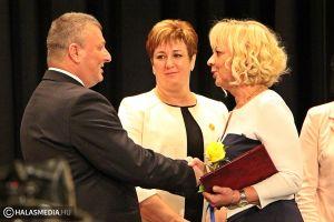 Miniszteri elismerés a halasi főnővérnek