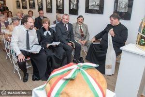 Augusztus 20 - kenyéráldás a Végh-kúriában (galéria)