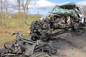 Brutális baleset, három halott Kiskunmajsa közelében (galéria)
