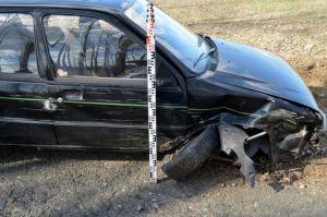 Villanyoszlopnak ütközött, ittas volt a sofőr
