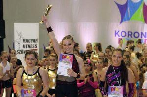 Fitnesz-érmek Budapestről és Szolnokról