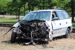 Motorvonat és Opel ütközött Kiskunhalas közelében (galéria)