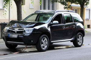 Dacia Duster és Peugeot ütközött