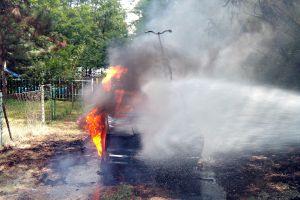 Kiégett egy Lada Kunfehértón