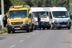 Rendőrségi kisbusznak ütközött (galéria)