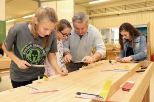 Különleges technikaórák a Vári-szakképző iskolában (galéria)