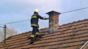 Izzó kémény miatt riasztották a tűzoltókat