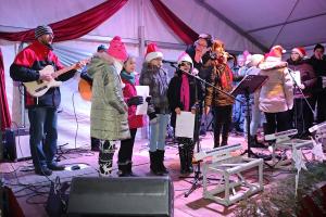 Fazekas-előkarácsony az Adventi Főtéren (galéria)