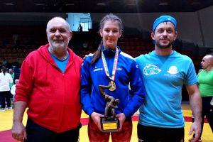 Felhő Viki országos bajnoksága