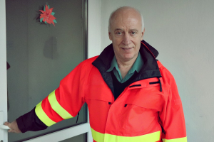 (►) Nyugdíjba ment a legendás halasi mentőápoló