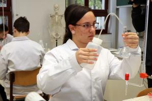 Ifjú kémikusok versenyeztek a Sziládyban (galéria)