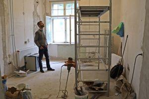 Már a festők dolgoznak a kilátóban