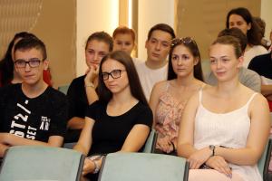 Több mint százan jelentkeztek nyári diákmunkára