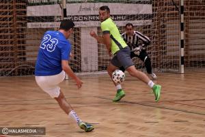 Hatos gólátlaggal indult a kispályás focibajnokság (galéria)