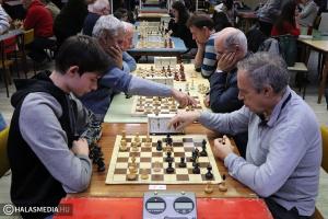 Újévi sakk: 31-en ültek asztalokhoz (galéria)