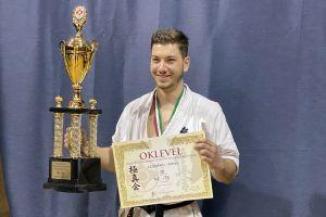 Vili felnőtt magyar bajnoki bronzérme