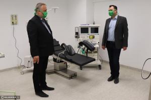 (►) Adomány: 5 milliót érő altató-, lélegeztető gépet kapott a kórház (galéria)