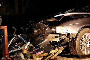 A kerékpárját toló férfit gázolt halálra egy autó