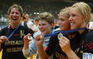 Tizenöt éve nyert EHF Kupát Tápai Szabina a Cornexivel