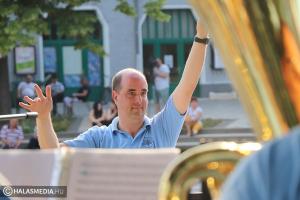 Visszatértek: a Halas Concert Bandé volt a főtér (galéria)