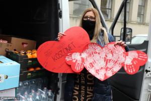 Kisbusznyi adomány és üzenet: szeretettel gondolunk rátok! (galéria)