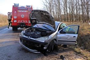 Felborult egy Peugeot a zsanai úton