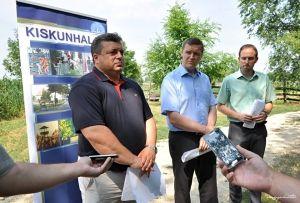 Jövő nyárra megszépül a Csetényi park
