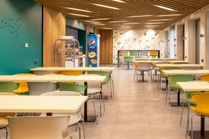 Új étkezőt épített a Merkbau a dolgozóinak