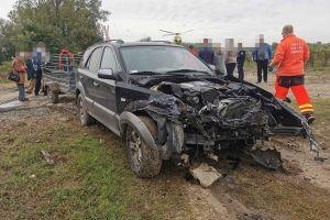 Autó ütközött vonattal Kiskunhalas és Kunfehértó között