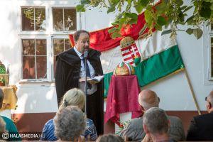 Az államalapítás és új kenyér ünnepe Halason (galéria)