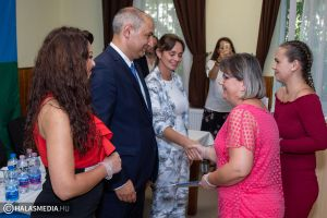 Nő az esély- program: Kiskunhalason volt az ünnepélyes bizonyítványátadó (galéria)
