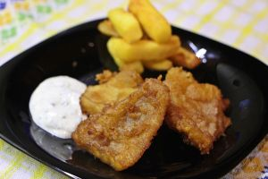 Angliai fogás a halasi tányérokon