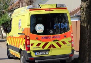 Egyre többet hívják a mentőket