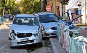 Opel és Mazda ütközött az Eötvös utcánál (galéria)