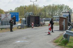 Szigorú ellenőrzés a határokon