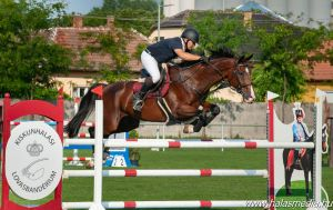 Négynapos lovasverseny GP-vel