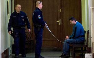 Kényszergyógykezelés a bírósági lövöldözőnek, nem jogerősen