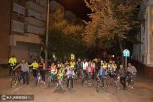 Főszerepben a kerékpározás