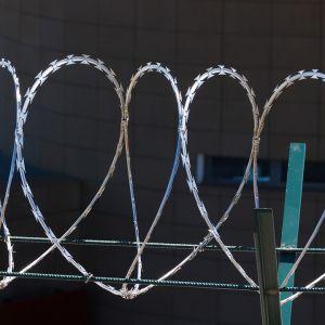 A Magyar Közlöny is ír a tervezett halasi börtönről