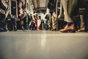 Díjmenetes buszozás, vonatozás az autómentes napon
