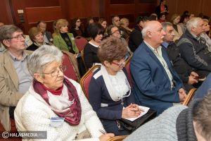 Civil konferencia sok információval