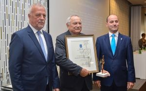 Megye gazdaságfejlesztésért díjat kapott Gidai János