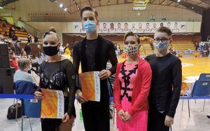 Debrecenből hozott versenytáncos érmek