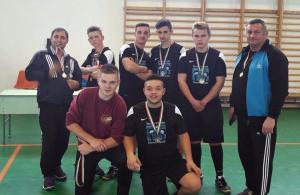 Aranyérmes az Esély focicsapata