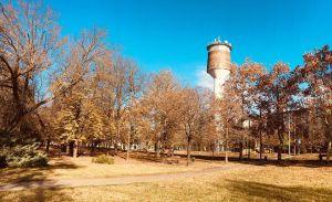 (►) Szivárgott a víz a toronyból