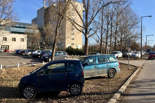 Tervek a kórházi parkolóbővítésre